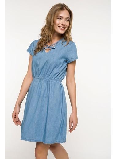 123c162baaffd DeFacto Yaka Detaylı Beli Büzgülü Denim Elbise Mavi ...